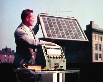 bell labs early solar cell 1954